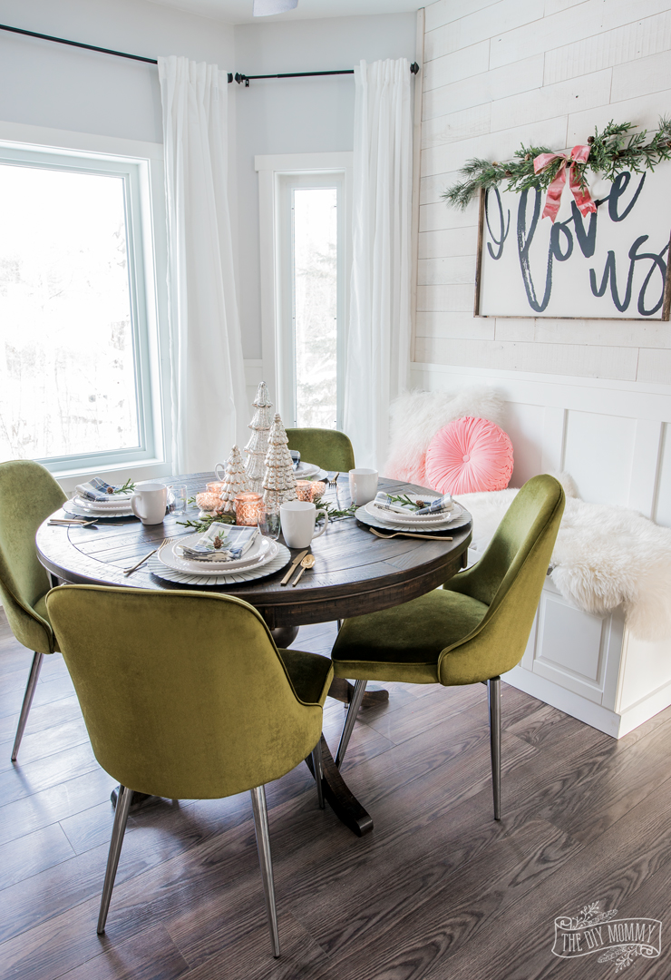 Rustic Glam Breakfast Nook Christmas Table Idea