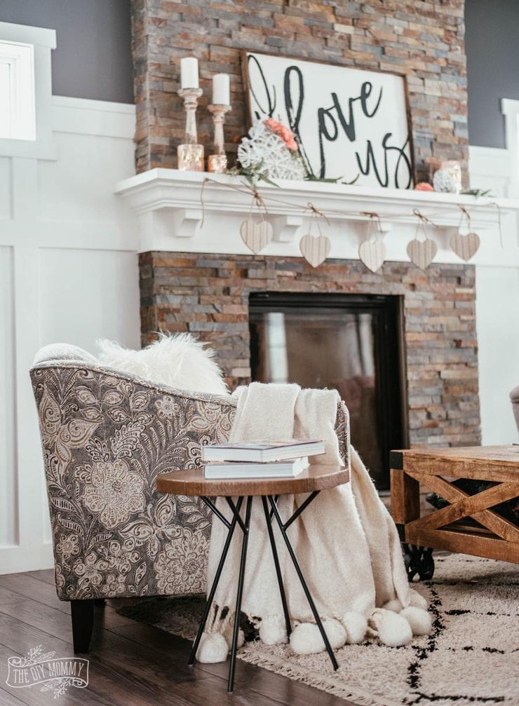 Cozy & romantic Valentine's Day decor ideas on a budget