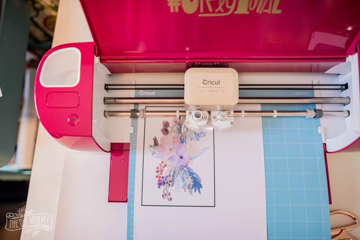 DIY Watercolor Mixer Decal with Cricut