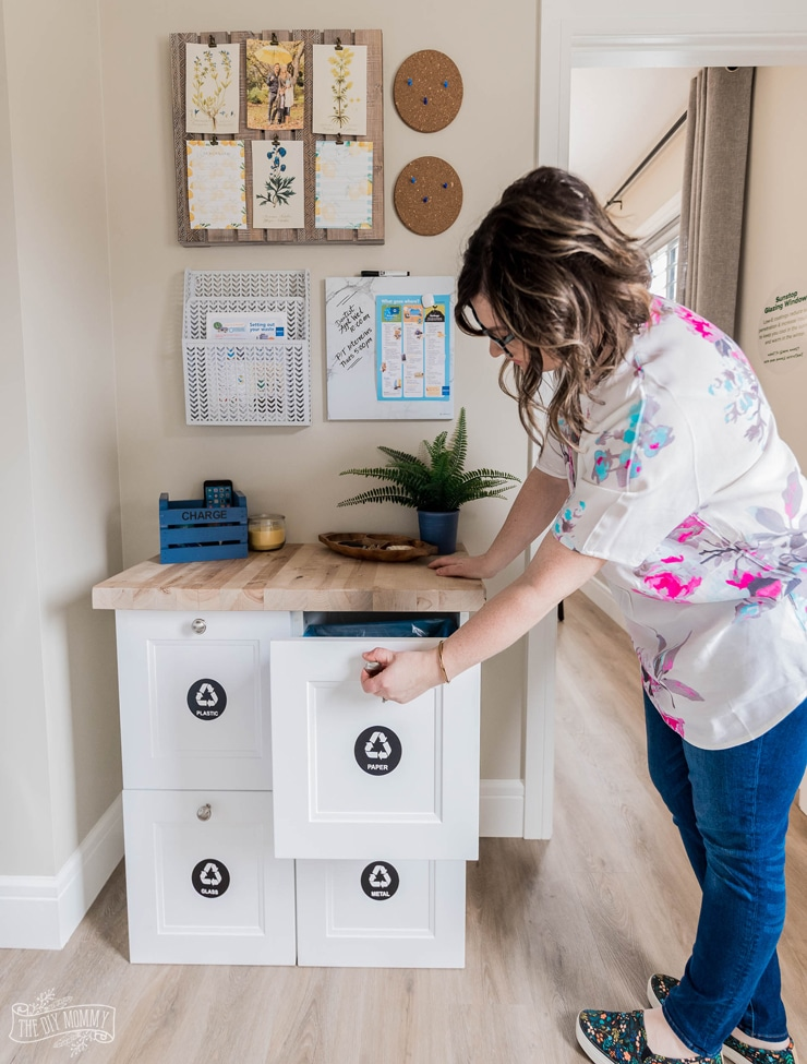 DIY Home Recycling Station & Family Command Center in Mudroom