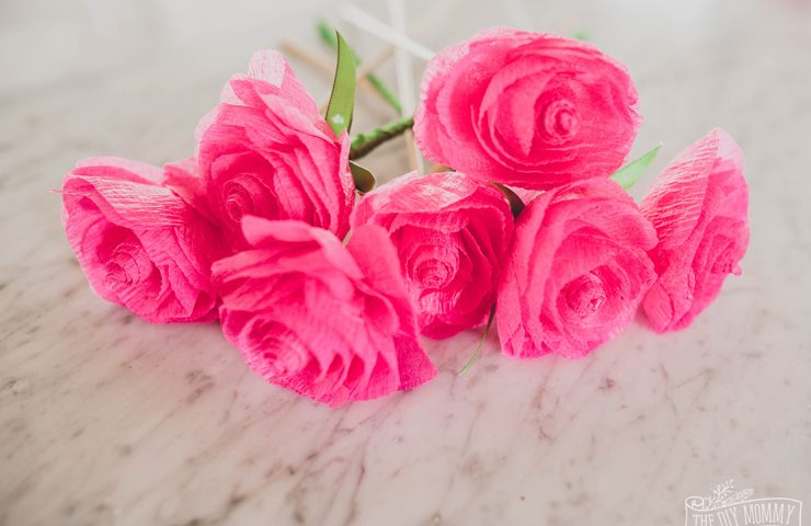 How to make Paper Roses from Dollar Store Crepe Paper Streamers