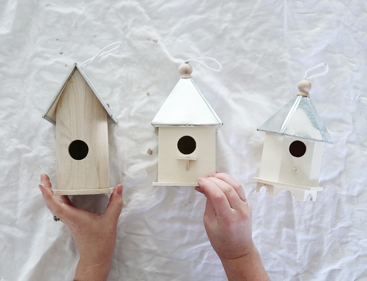 Adorable birdhouse feature you can make with dollar store and salvaged items for your garden!