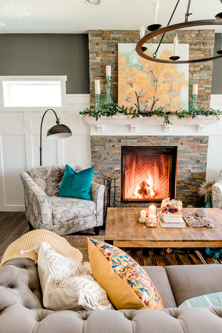 Our Cozy Fall Living Room with Simple Mantel Decor | The DIY ...