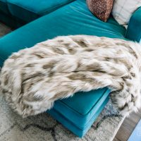 Make a Cozy, Luxurious Faux Fur Throw Blanket