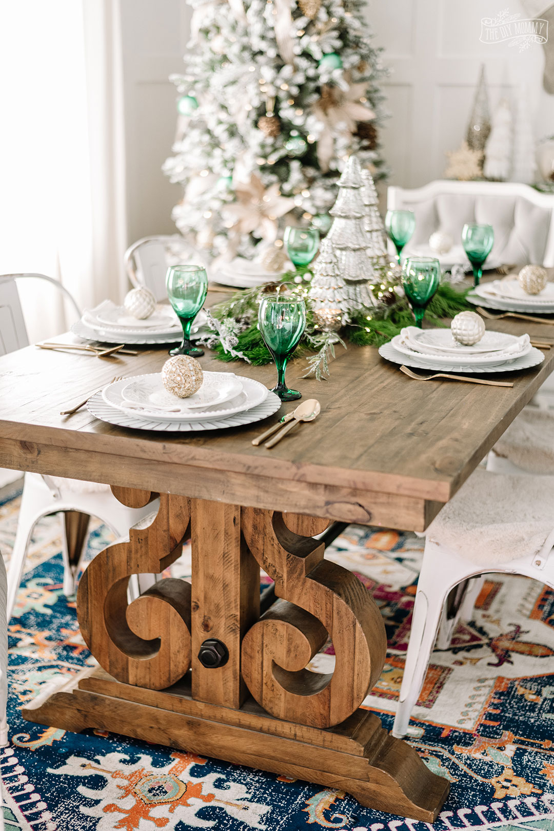 Green & Rose Gold Elegant Christmas Dining Room Decor