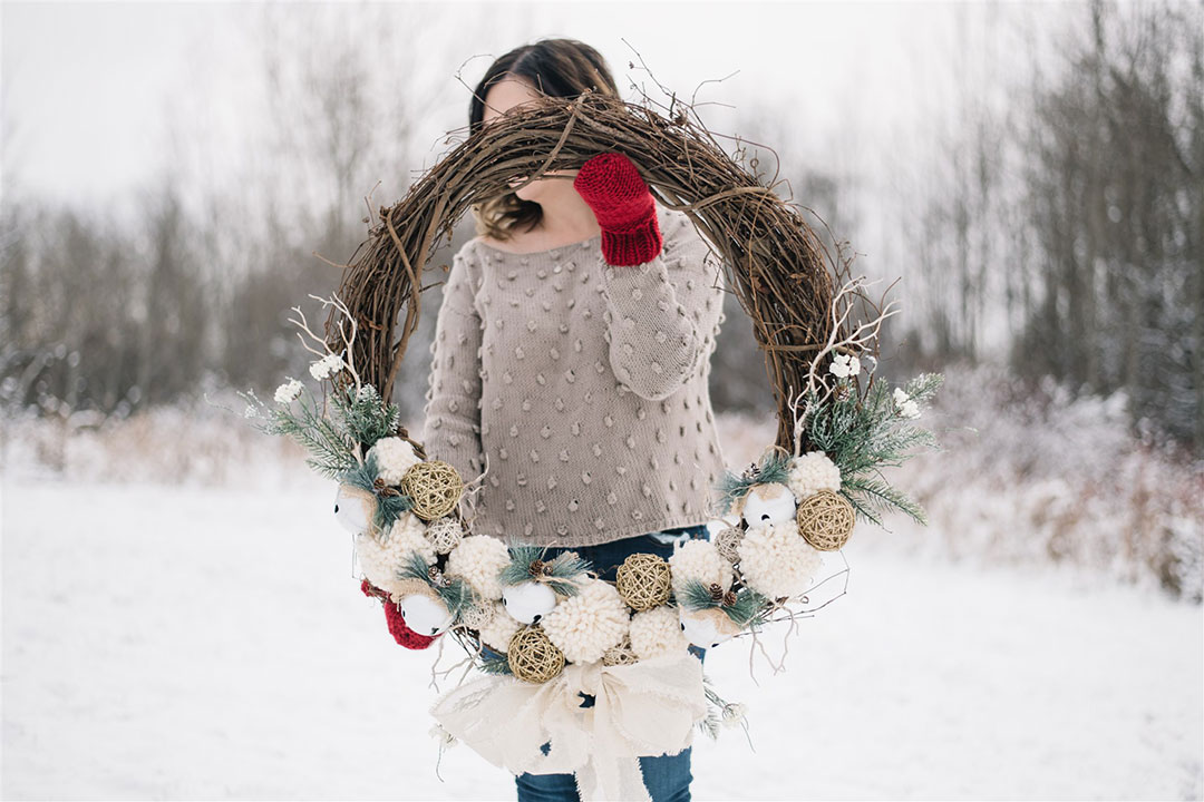 DIY Rustic Pom Pom Christmas Wreath
