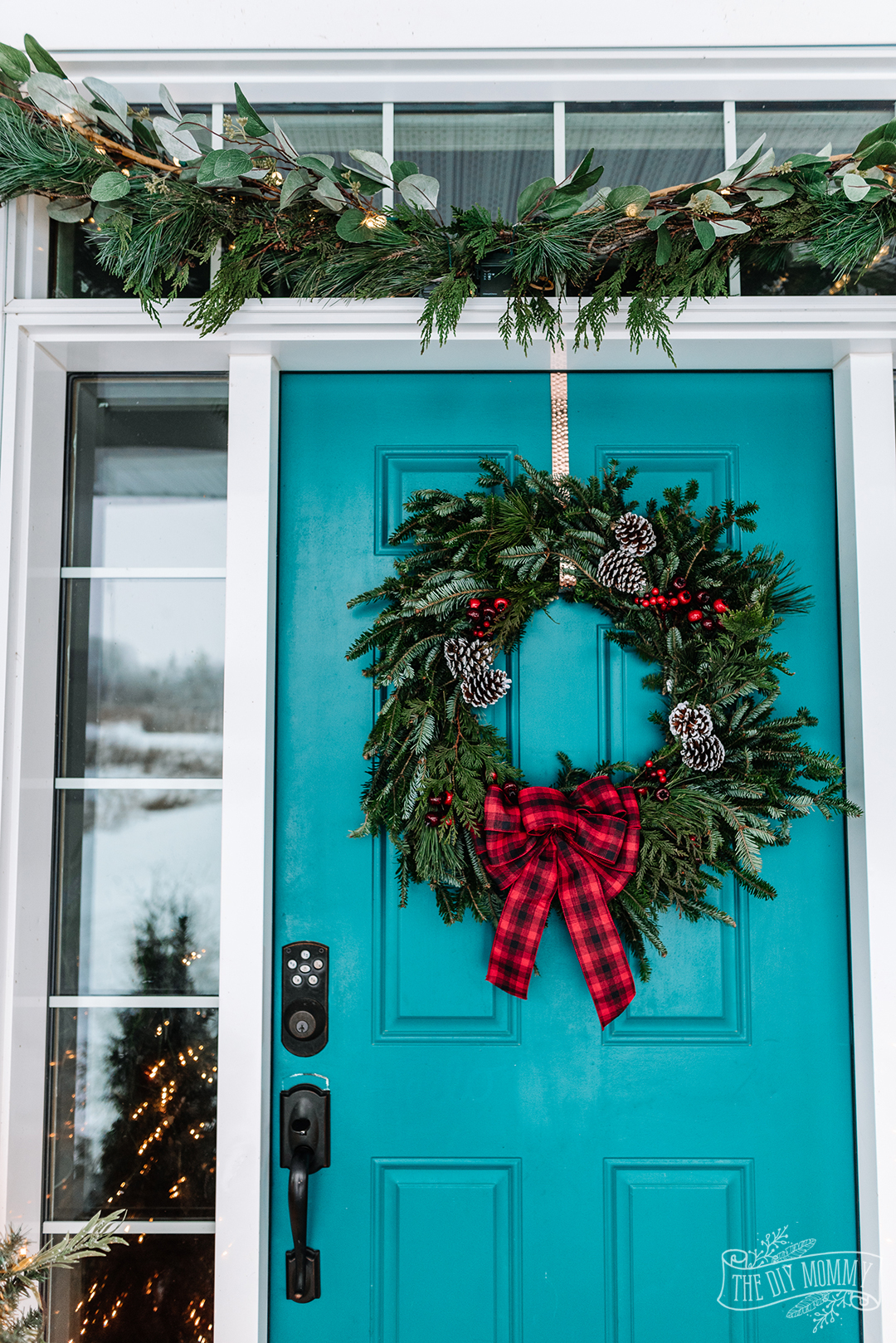 Brilliant Red Green Amp Teal Christmas Front Porch Decor Ideas The Diy Mommy Door Handles Collection Dhjemzonderlifede