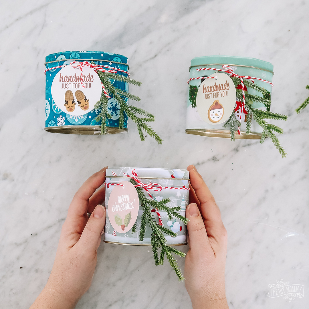 DIY Soy Candle in a Christmas Tin Idea with Nordic Inspired Handmade Free Printable Christmas Gift Tags