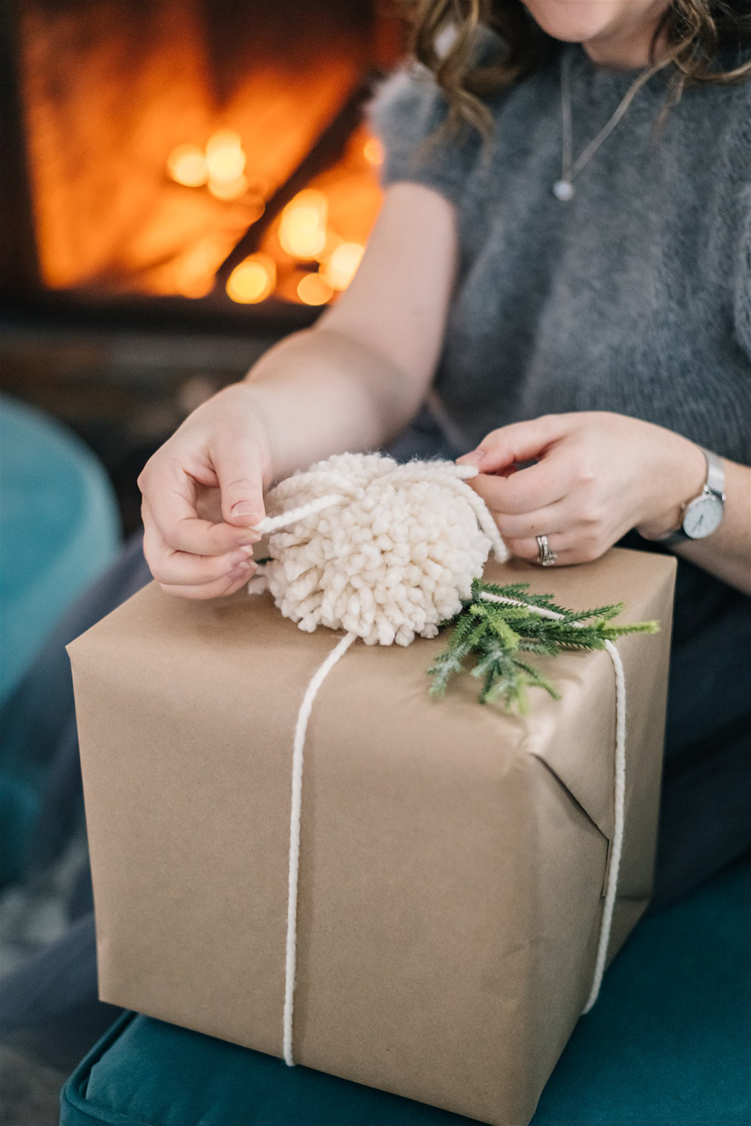 Brown Paper & Pom Pom Gift Wrapping Ideas
