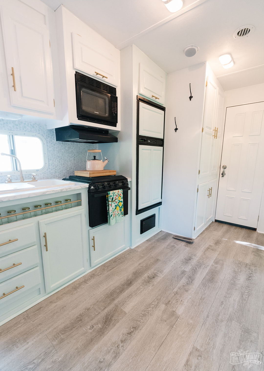 How to Install Vinyl Plank Flooring in an RV with a Pull Out