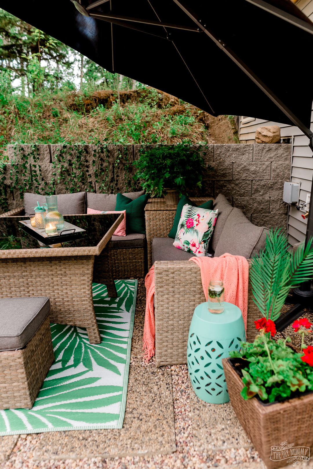 Easy & Inexpensive Patio Decorating Ideas with Mosquito Repellent Tips