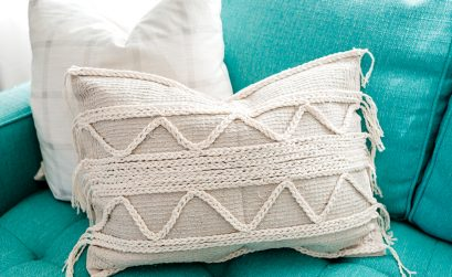 DIY boho throw pillow from Dollar Tree bath mats