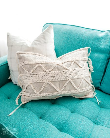 DIY boho throw pillow from Dollar Tree bath mats