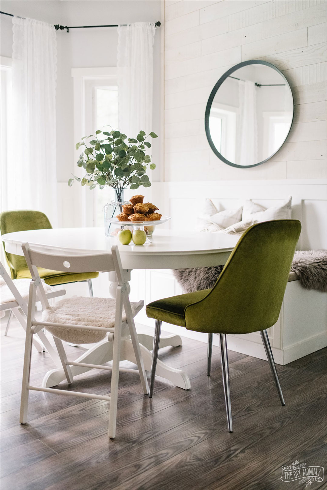 Green, white and natural breakfast nook decorated for Fall