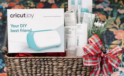 Here's how to put together the perfect Cricut gift for someone including the Cricut JOY, what accessories to add, and how to package it