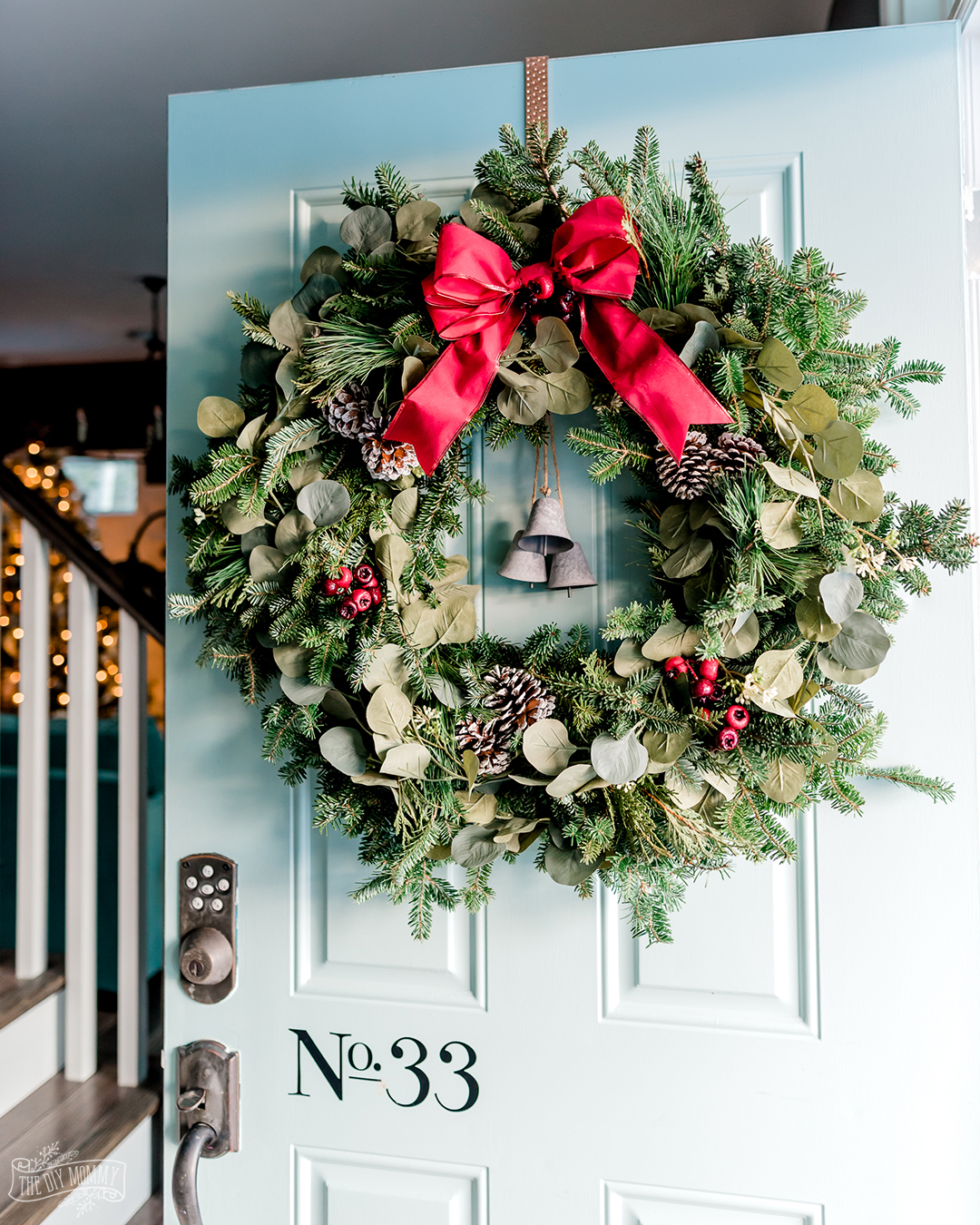 Learn how to put together a fresh greenery Christmas wreath that looks full and gorgeous with this easy wreath hack!