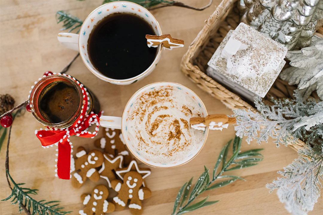 Gingerbread flavored coffee syrup recipe that's so easy to make!