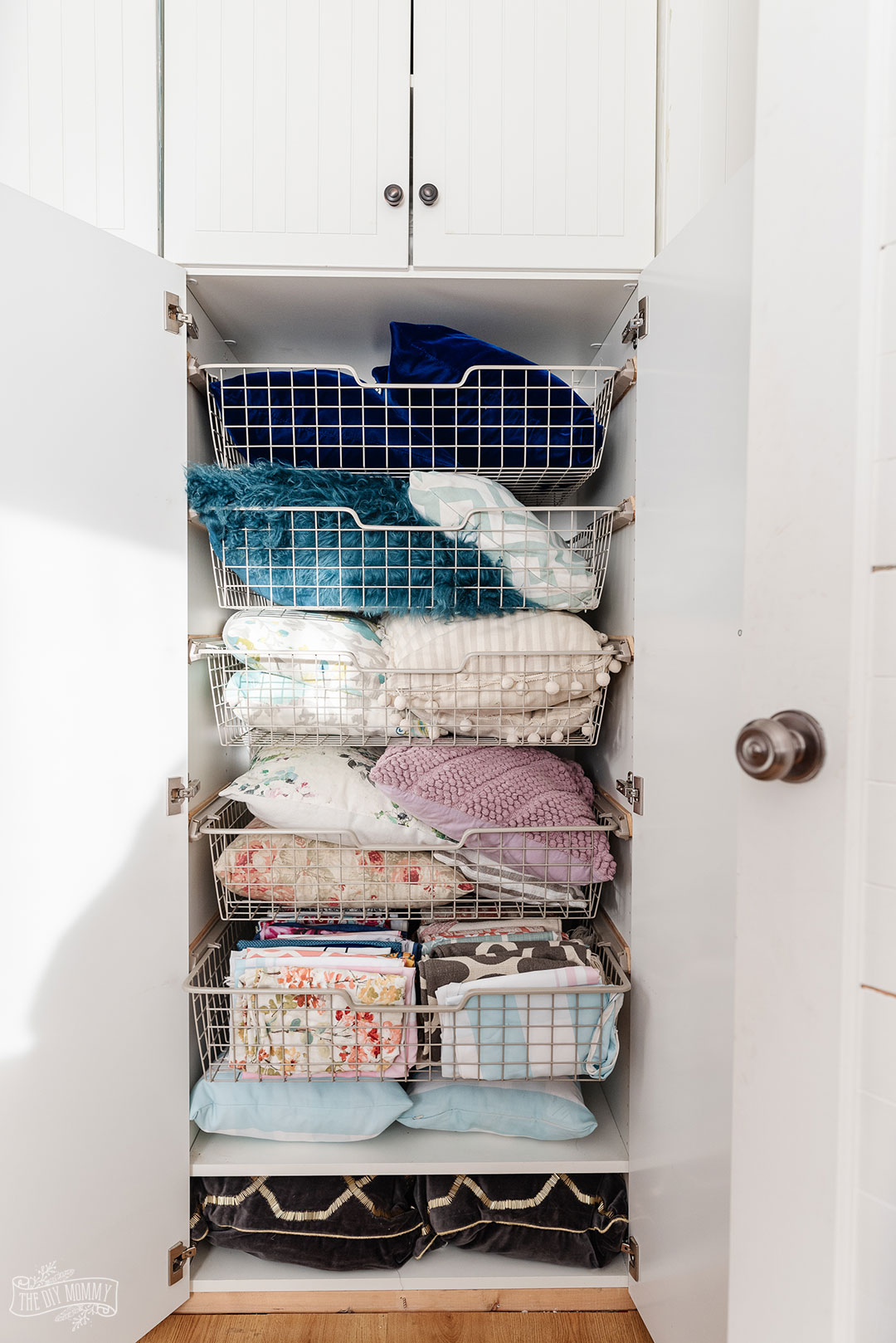 7 Simple & Practical Storage Room Organization Tips