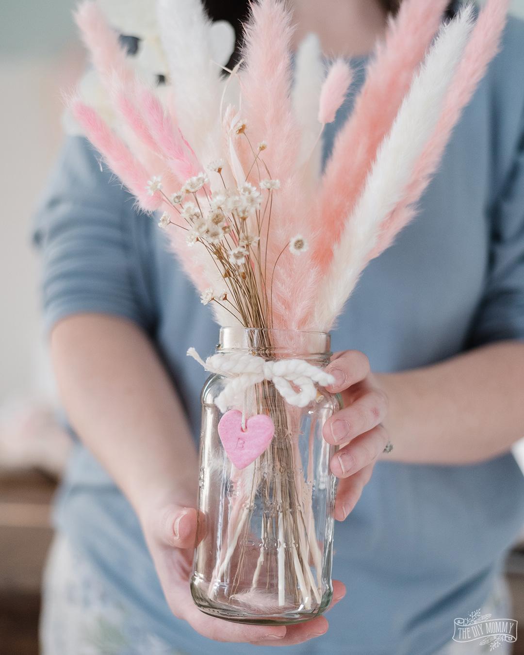 DIY Pampas Grass Arrangement Gift Idea