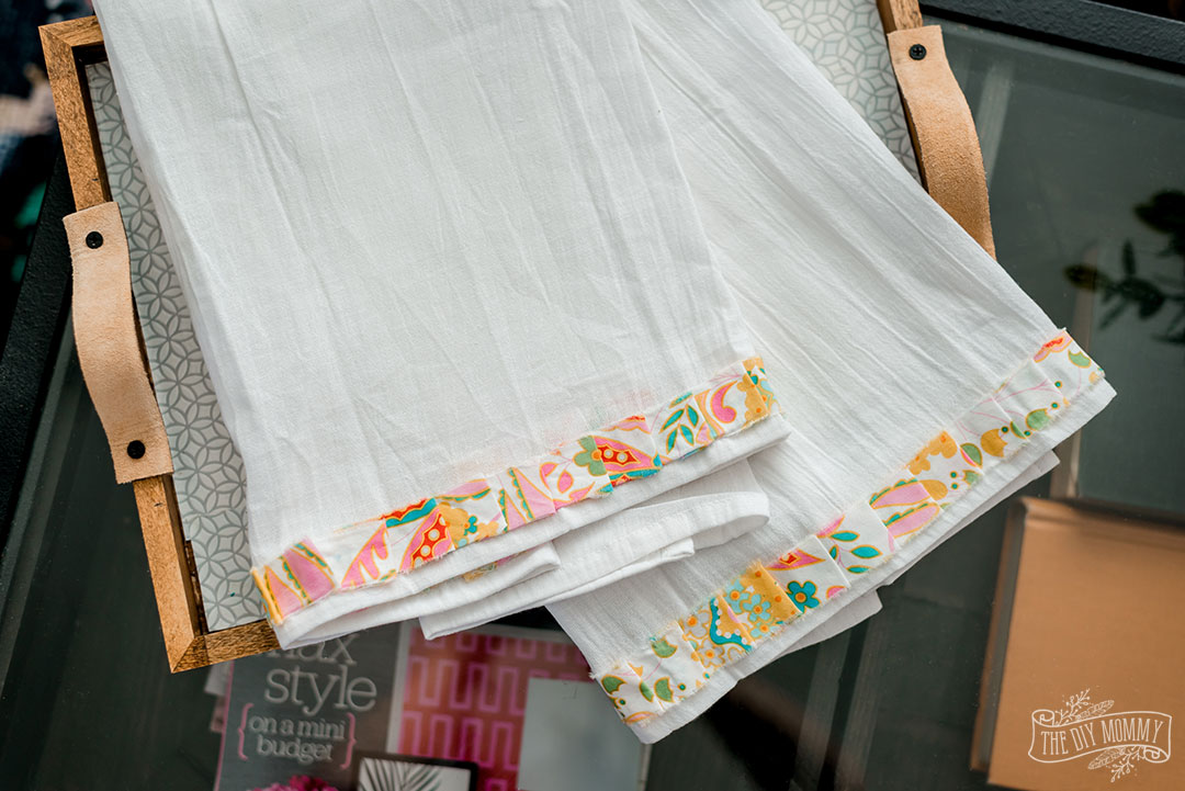 Create these adorable ruffled tea towels out of fabric scraps. No sewing required!
