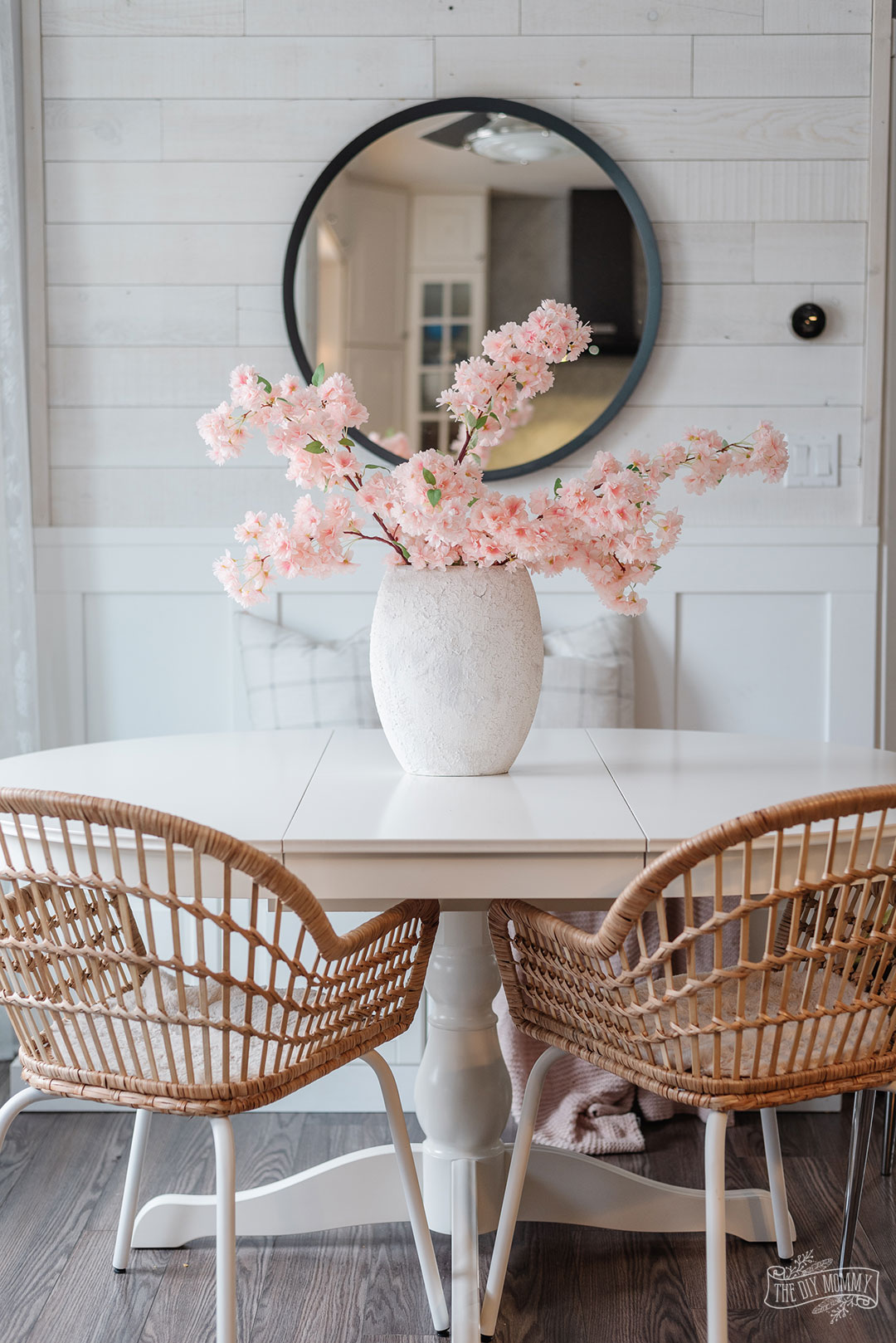 Textured Vase with DIY Plaster Paint