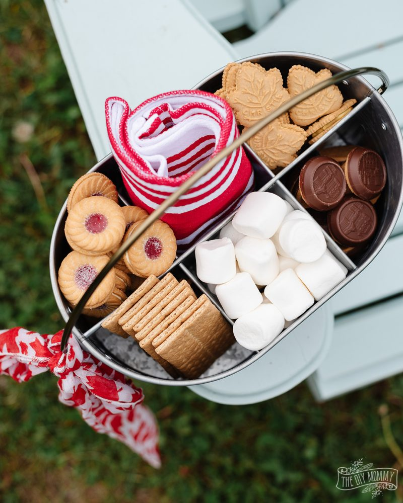 Learn how to make this DIY s'mores caddy that's perfect for a Canada Day celebration. It can also be customized to suit any celebration!