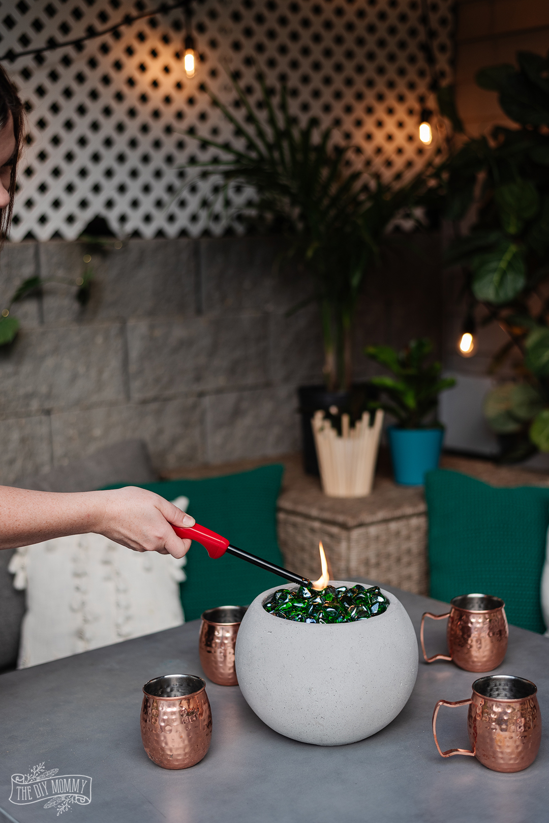 Learn how to make a mini DIY fire bowl with this simple tutorial. A perfect tabletop accent for your patio!