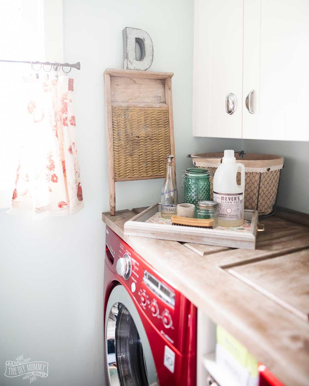 Small Laundry Room Organization & Decor Ideas