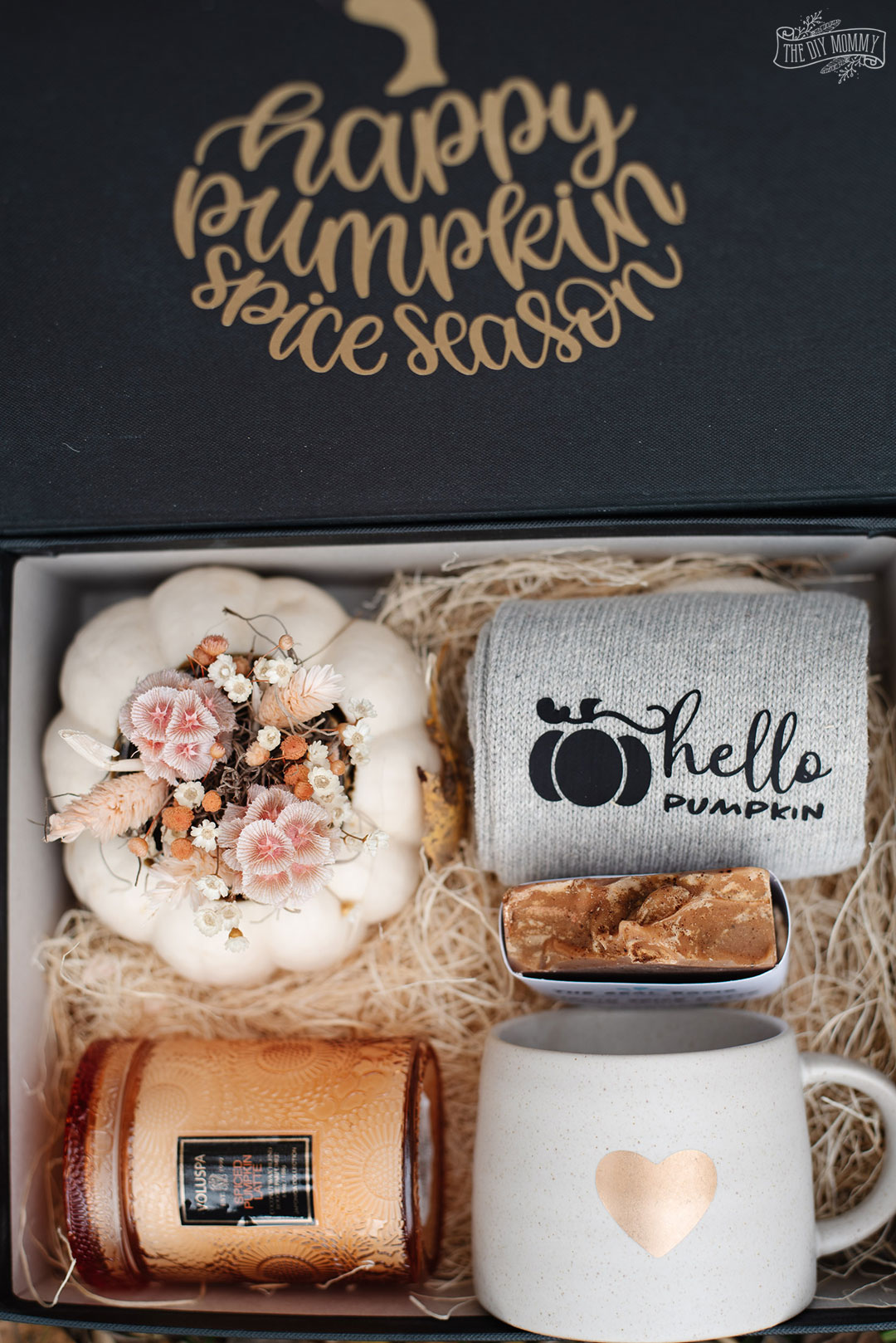 For a quick and simple gift idea, make a beautiful pumpkin spice gift box. It's a cute and creative DIY craft to make for a loved one this season.